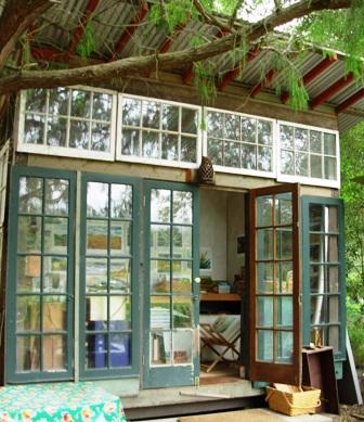 Debra prinzing post the wacky world of jeff shelton for Building a studio in the backyard