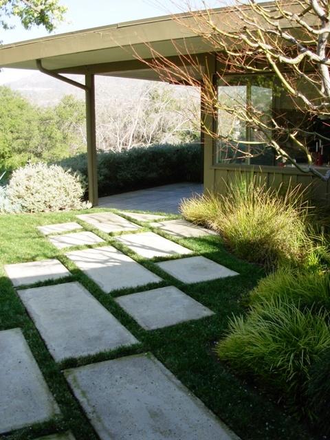 debra prinzing  u00bb post  u00bb a midcentury home needs a modern garden