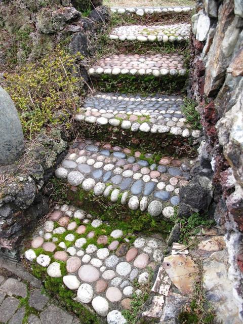 Amazing Folk Art At Seattleu0027s Walker Rock Garden » Pebble Steps