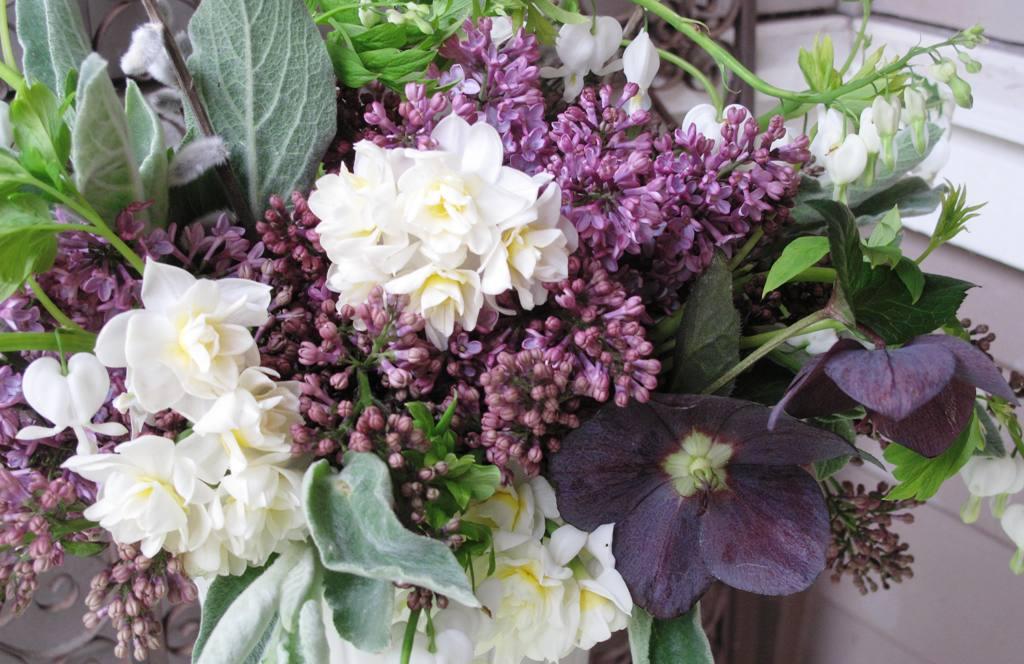 Detail: Narcissus & Lilacs