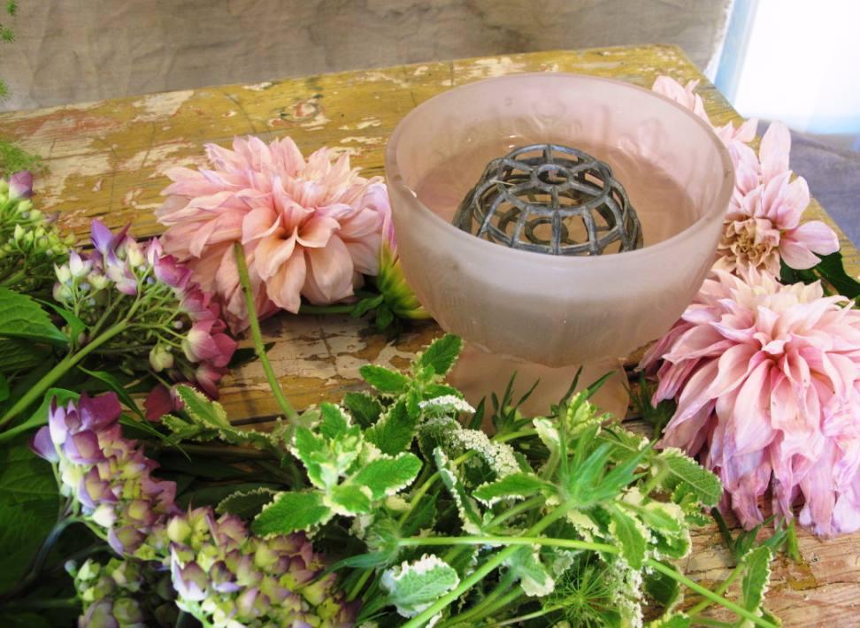 Pink Vase Starting Off