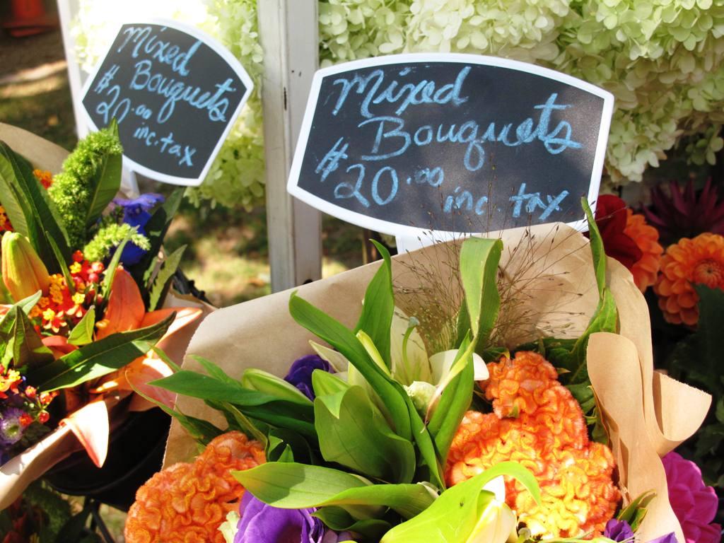 Farmers' Market Flower Sign
