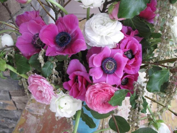 Gorgeous anemones with dark centers. Lush ranunculus in romantic shades.