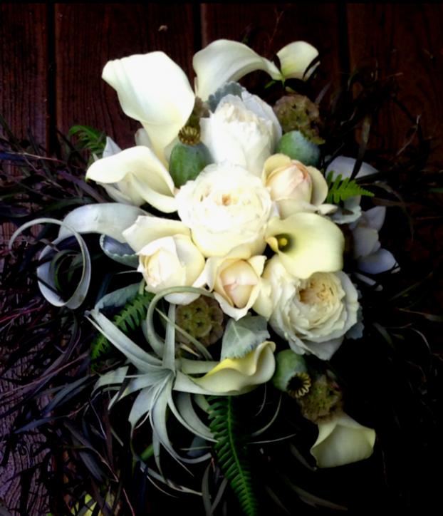 A Riz-designed wedding bouquet.