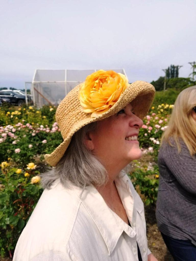 0b1abfc241b11 Debra Prinzing » Post » Episode 354  Flower Farming as a Major ...