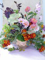 A lovely, seasonal Floradelphia centerpiece