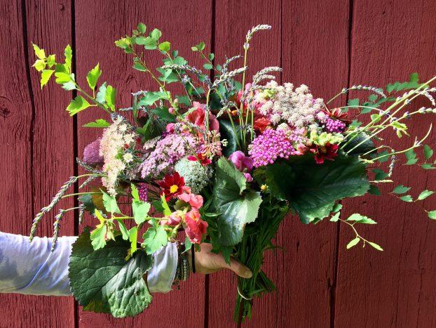 Sweet Earth Co bouquet